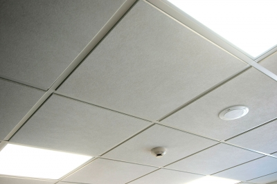 Suspended ceiling with light diffuser panels