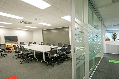 Partitions, offices and ceilings
